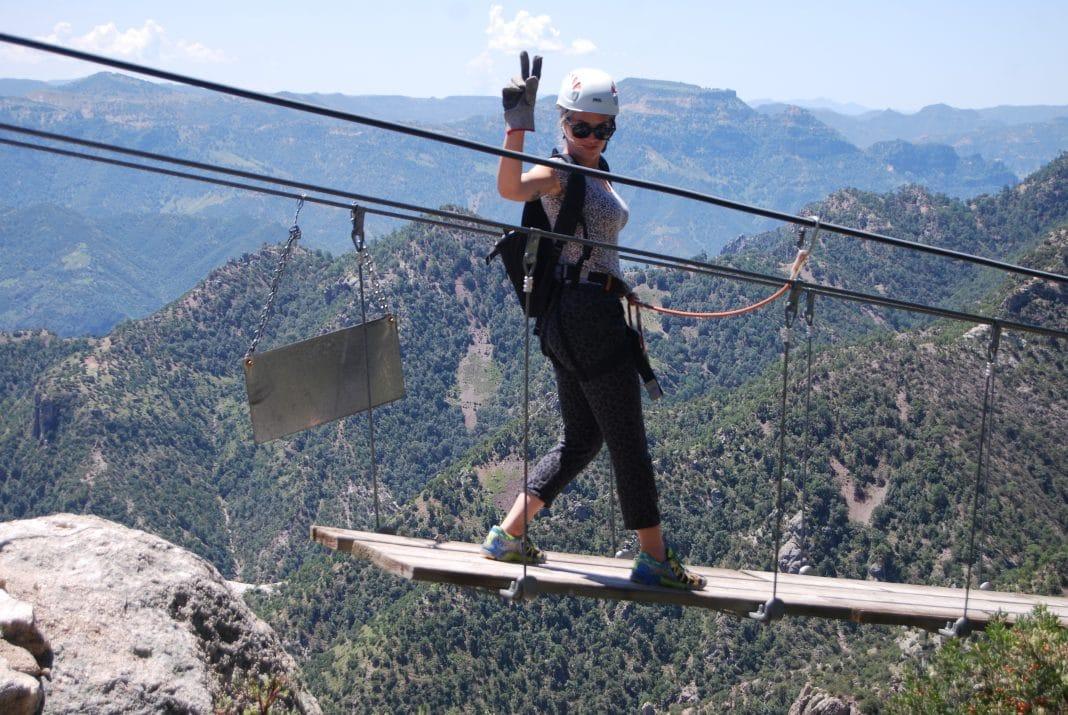 Bridge Copper Canyon Adventure Park (2)