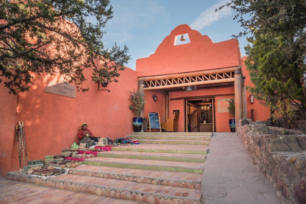 Entrada Hotel Mirador Barrancas del Cobre