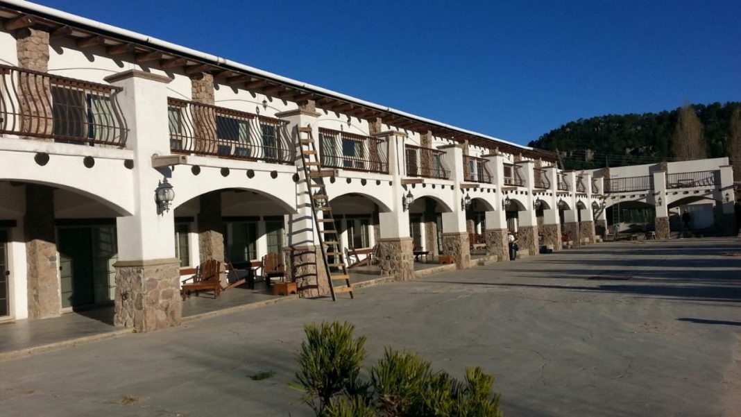 Front of Hotel Quinta Mision Creel