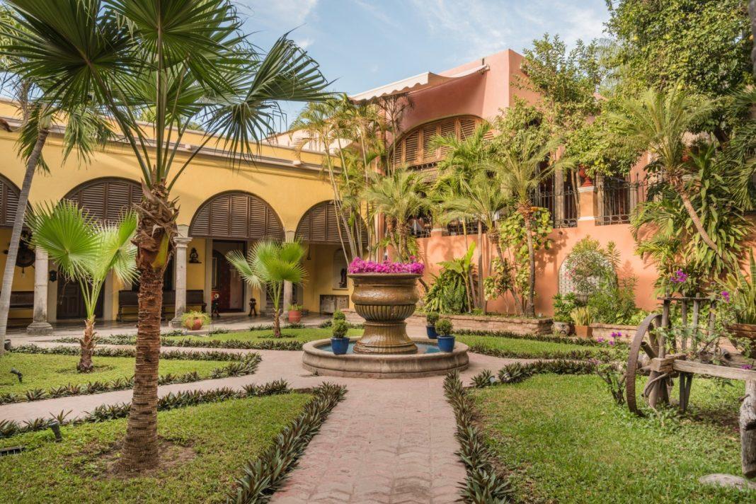 Second Garden Hotel Posada del Hidalgo